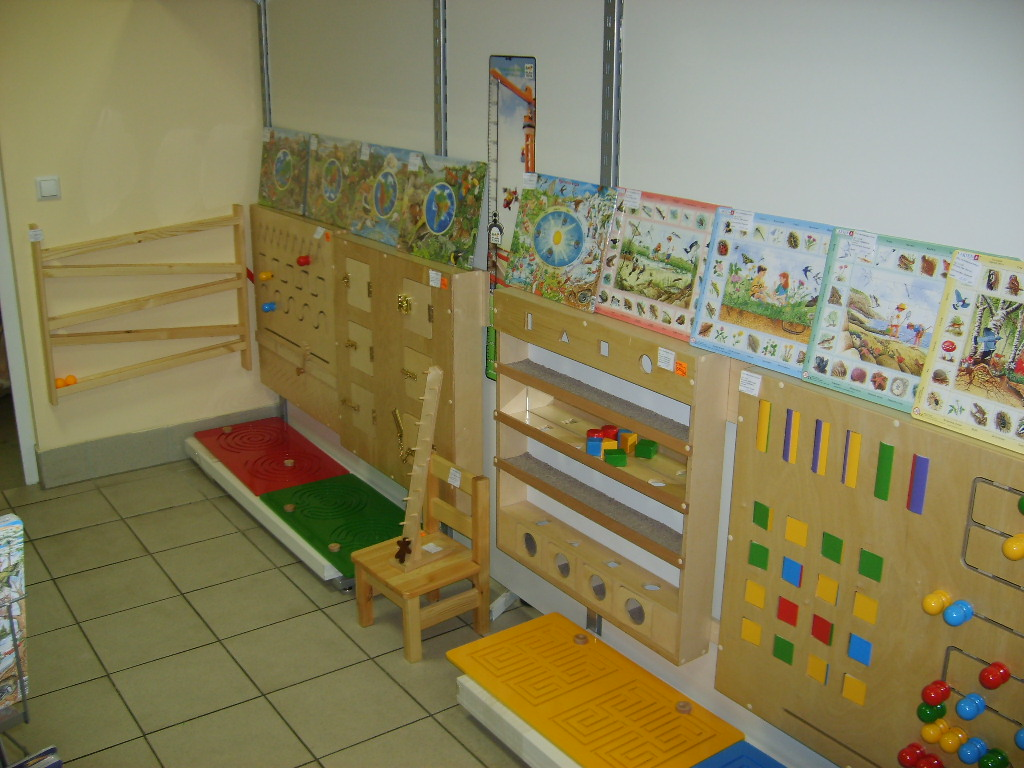 Развивающие зоны в детском саду своими руками